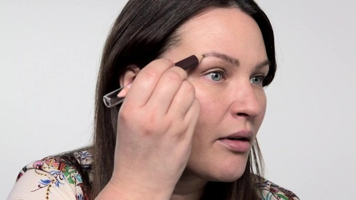 Cassie Lomas Defined Eyebrows - Beauty  - image 4 from the video