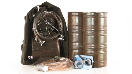 Swiss Military Surplus Portable Water Filtration System New 360 View - image 6 from the video