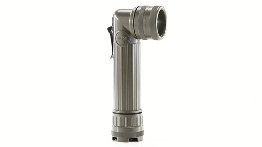 U.S. Military Surplus MX-991 Flashlight New 360 View - image 4 from the video