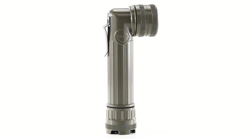 U.S. Military Surplus MX-991 Flashlight New 360 View - image 5 from the video