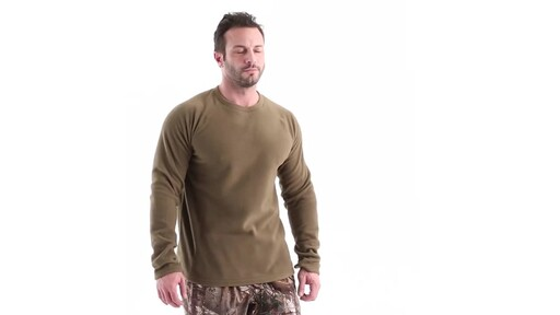 Guide Gear Men's Heavyweight Fleece Base Layer Top 360 View - image 1 from the video