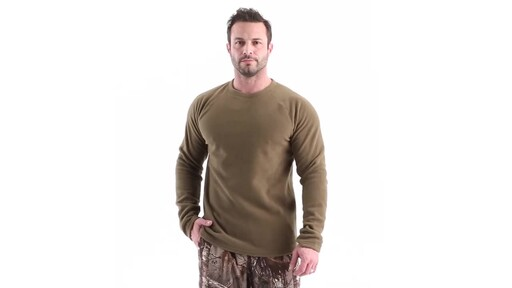Guide Gear Men's Heavyweight Fleece Base Layer Top 360 View - image 10 from the video