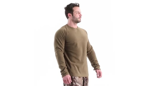 Guide Gear Men's Heavyweight Fleece Base Layer Top 360 View - image 2 from the video