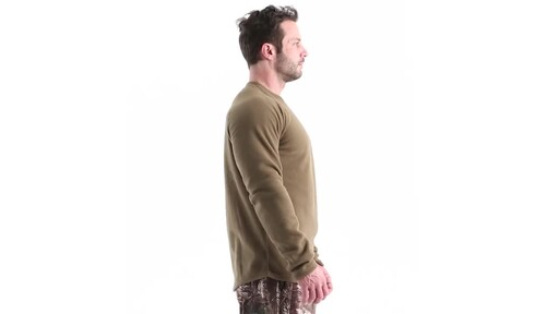 Guide Gear Men's Heavyweight Fleece Base Layer Top 360 View - image 3 from the video