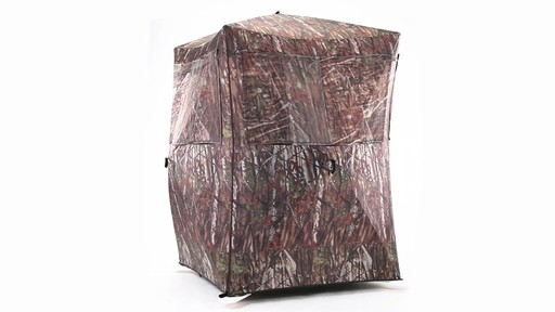 Guide Gear Oversized Ground Hunting Blind 360 View - image 5 from the video