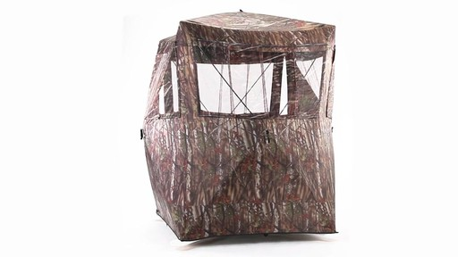 Guide Gear Oversized Ground Hunting Blind 360 View - image 8 from the video