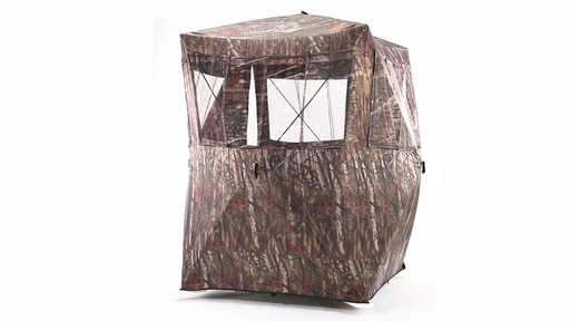 Guide Gear Oversized Ground Hunting Blind 360 View - image 9 from the video