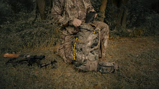 Tenzing TZ 3000 Big Game Hunting Pack - image 5 from the video