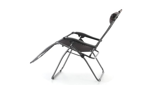 Guide Gear Oversized Mossy Oak Break-Up COUNTRY Zero-Gravity Chair 500 lb. 360 View - image 7 from the video