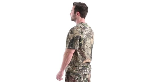 Guide Gear Men's 3T Camo Hunting Shirt Short Sleeve 360 View - image 7 from the video