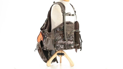 Tenzing TZ TV14 Turkey Vest Realtree Xtra - image 10 from the video