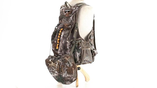 Tenzing TZ TV14 Turkey Vest Realtree Xtra - image 3 from the video