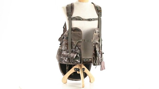 Tenzing TZ TV14 Turkey Vest Realtree Xtra - image 5 from the video