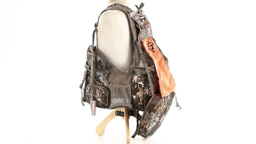 Tenzing TZ TV14 Turkey Vest Realtree Xtra - image 7 from the video