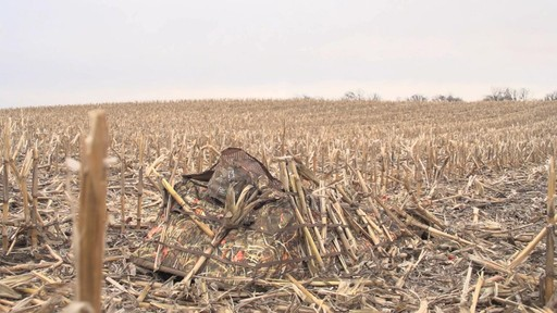 Guide Gear Deluxe Waterfowl Camo Hunting Blind Mossy Oak Blades - image 7 from the video