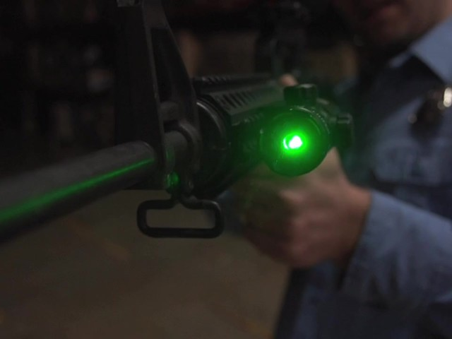 HQ ISSUE™ Green Laser Sight - image 7 from the video