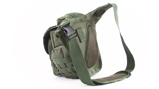 Cactus Jack Sidewinder Sling Bag 360 View - image 9 from the video