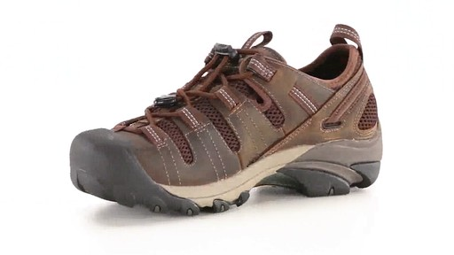 KEEN Utility Men's Atlanta Cool ESD Soft Toe Work Shoes 360 View - image 4 from the video