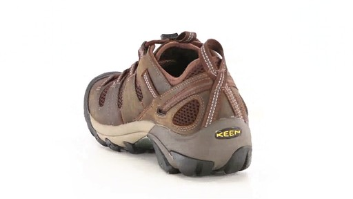 KEEN Utility Men's Atlanta Cool ESD Soft Toe Work Shoes 360 View - image 7 from the video