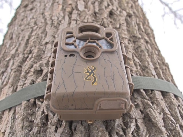Browning Ranger Ops Series 6MP Trail Camera - image 4 from the video