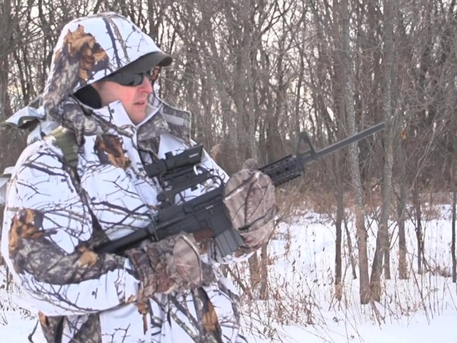 Barska® 1x30 IR M16 Electro Sight Rifle Scope - image 2 from the video