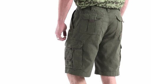 Guide Gear Men's Outdoor Cargo Shorts 360 View - image 6 from the video