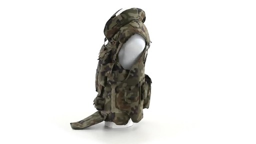 Polish NATO Military Surplus Flak Vest Used 360 View - image 7 from the video