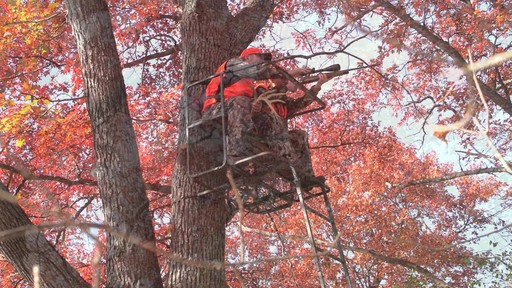 Guide Gear 17 1/2' Deluxe 2 Man Hunting Ladder Tree Stand - image 10 from the video