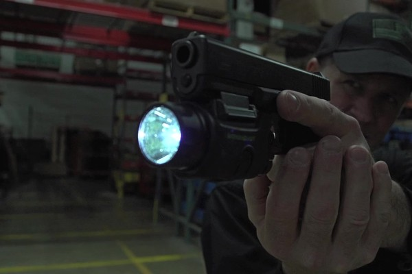 BEAMSHOT GB9000 Green Laser-Light Combo - image 3 from the video