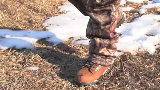 Guide Gear Men's Insulated Hunting Boots Waterproof Thinsulate 400 gram - image 8 from the video