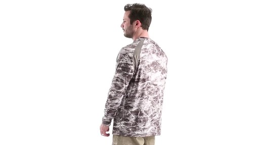 Guide Gear Men's Performance Fishing Long Sleeve Shirt Mossy Oak Elements Agua 360 View - image 6 from the video
