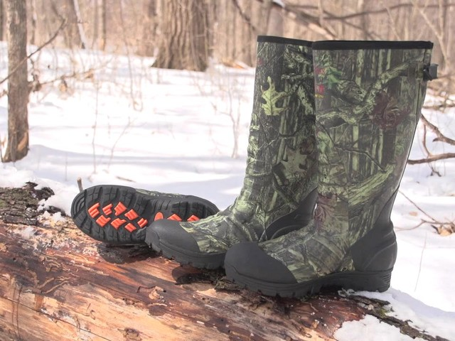 Men's Guide Gear® 800 gram Thinsulate™ Ultra Insulation Rubber / Neoprene Universal Hunting Boots Mossy Oak Infinity® - image 10 from the video