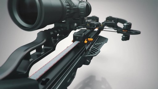 Ravin R20 Crossbow Package Gunmetal Grey - image 3 from the video