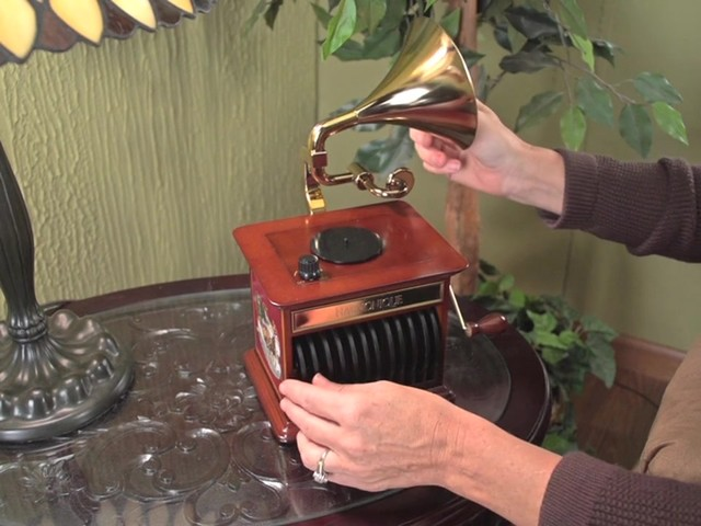 226218 -Mr. Christmas® Tabletop Harmonique Gramophone - image 2 from the video
