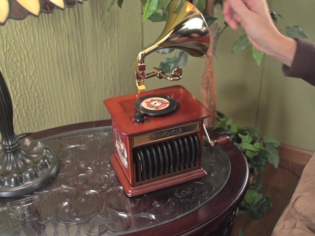 226218 -Mr. Christmas® Tabletop Harmonique Gramophone - image 3 from the video