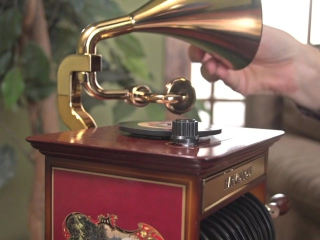 226218 -Mr. Christmas® Tabletop Harmonique Gramophone - image 9 from the video