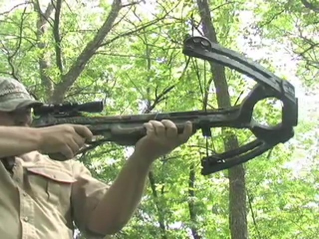 Barnett® Predator Crossbow Kit with 4x32 mm Scope - image 2 from the video