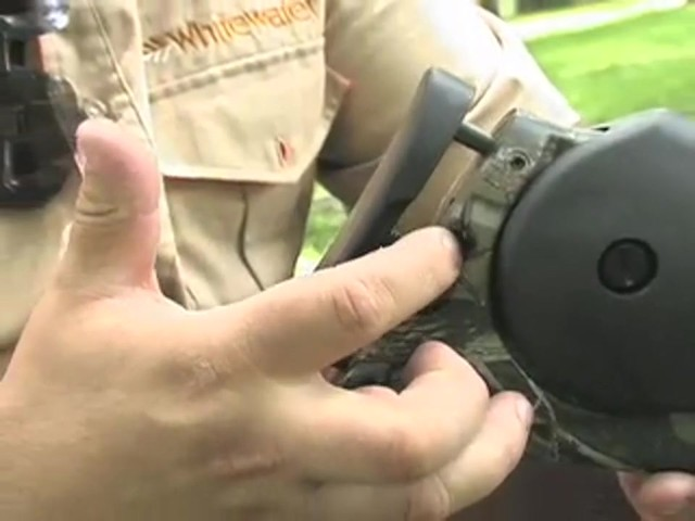 Barnett® Predator Crossbow Kit with 4x32 mm Scope - image 7 from the video