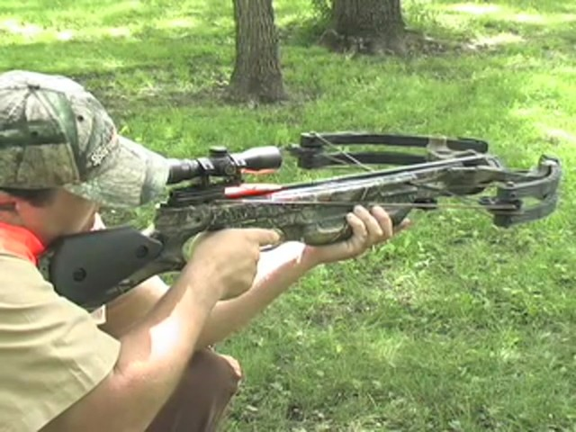 Barnett® Predator Crossbow Kit with 4x32 mm Scope - image 9 from the video
