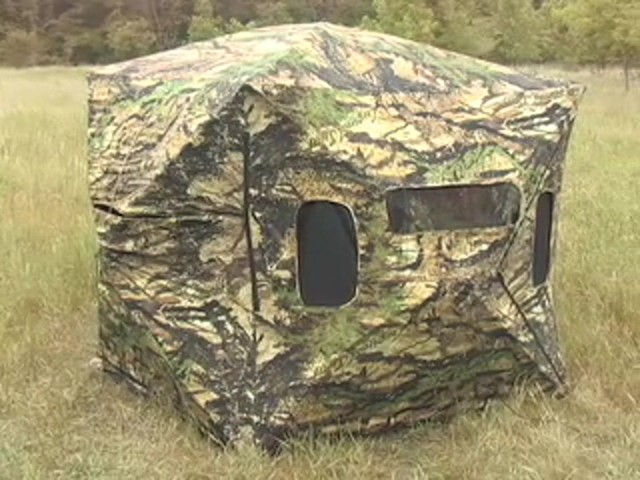 "Primos® Double Bull Dark Horse™ Blind 67"" center - image 10 from the video"