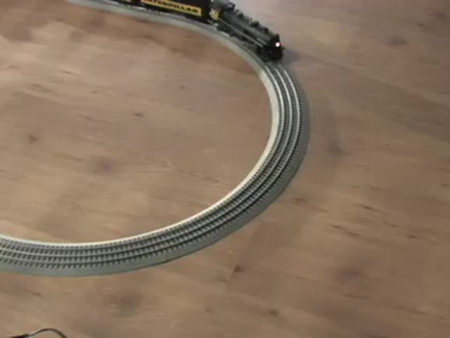 Lionel® Limited Edition Caterpillar® Train Set - image 3 from the video