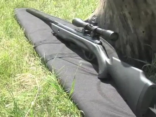 Venom Nitro - Piston™ .177 - cal. Air Rifle with 4x32 mm Scope - image 10 from the video