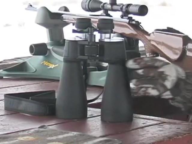 Securix™ 20 - 144x70 mm Mega Zoom Binoculars - image 1 from the video