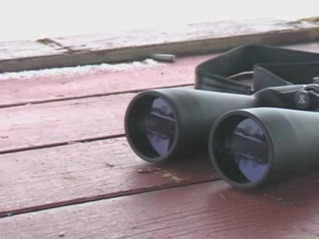 Securix™ 20 - 144x70 mm Mega Zoom Binoculars - image 10 from the video