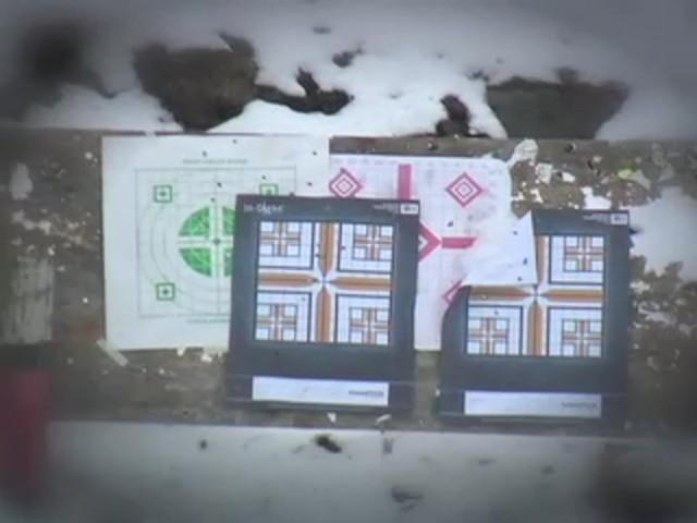 Securix™ 20 - 144x70 mm Mega Zoom Binoculars - image 3 from the video