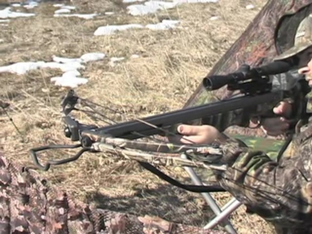 Arrow Precision® Hellfire™ Crossbow Kit Camo - image 10 from the video