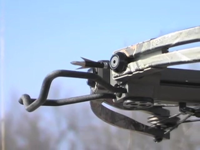 Arrow Precision® Hellfire™ Crossbow Kit Camo - image 5 from the video