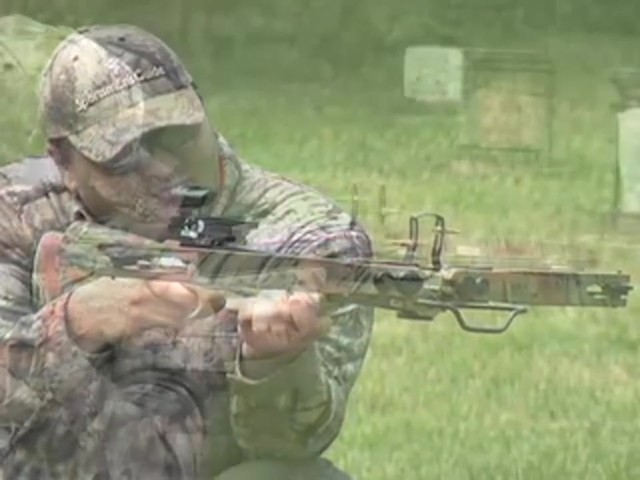 Eagle 6 Deluxe Compound Crossbow - image 3 from the video