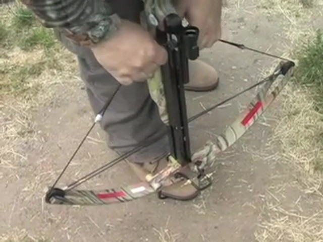 Eagle 6 Deluxe Compound Crossbow - image 4 from the video