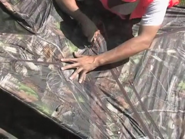 Guide Gear® Deluxe 5 - hub Ground Blind Next Camo® - image 2 from the video